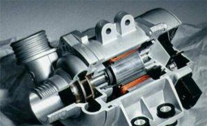 تتميز مضخة المياه الإلكترونية من BMW بالعديد من المزايا ويمكنها توفير الوقود